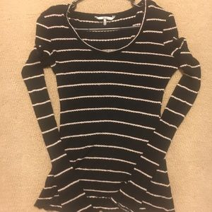 Womens Long Sleeve BKE Top Size Small-Black w/Whit